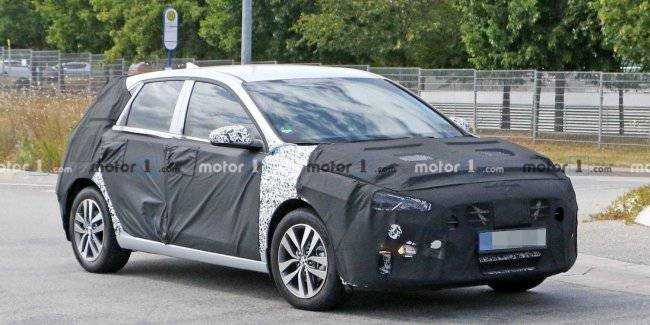 The tests seen hybrid Hyundai Elantra GT PHEV
