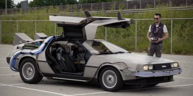 Built a real DeLorean with a remote control