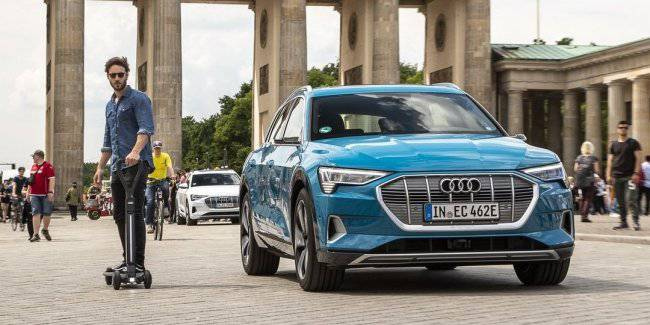Audi has introduced an electric skateboard e-tron: performance and cost of new items