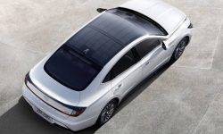 Hyundai introduced the Sonata hybrid with solar panels on the roof