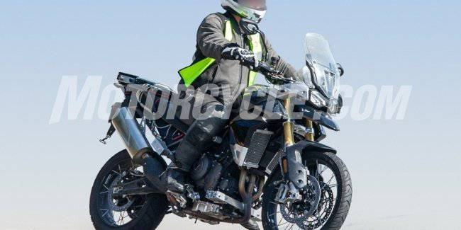 New Triumph Tiger 1000 filmed on tests