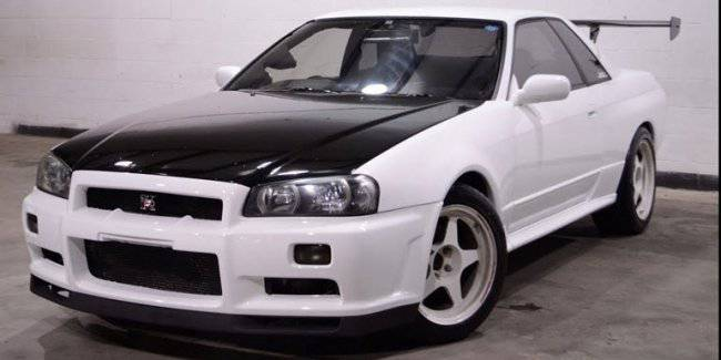Discovered the warehouse where the Nissan Skyline sell for pennies