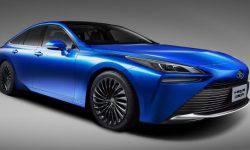 Toyota introduced a hydrogen-powered sedan that is more luxurious and larger than the Camry