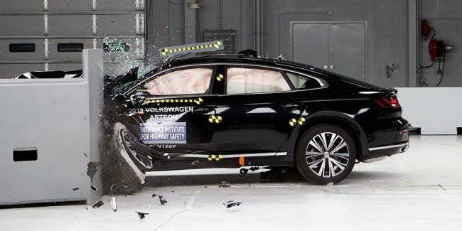 Volkswagen Arteon could not get a higher rating IIHS