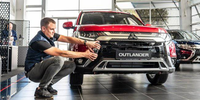 2020 Mitsubishi Outlander – 7 seats for free?!
