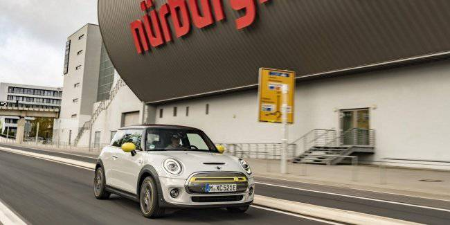 MINI decided to set an unusual record at the Nurburgring