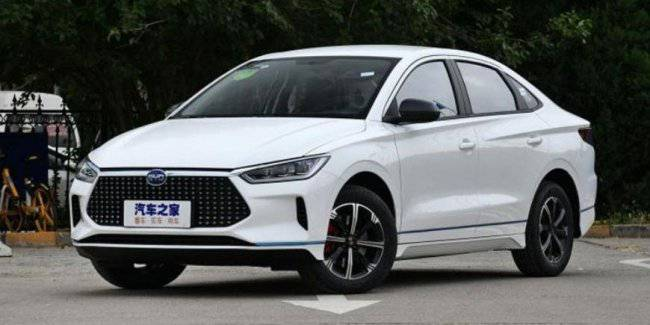 Started selling electric BYD E3 in China