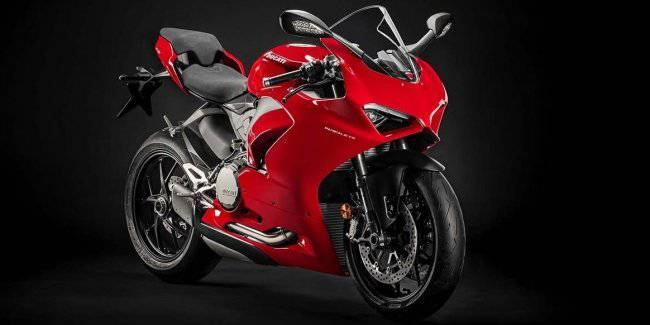 Sportbike Ducati Panigale 959 became Panigale V2