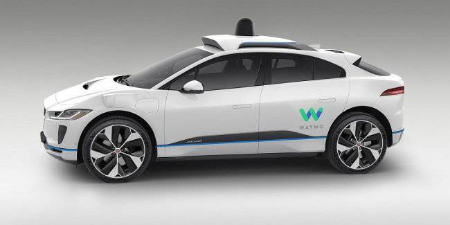 Waymo launches unmanned car without a driver-tester