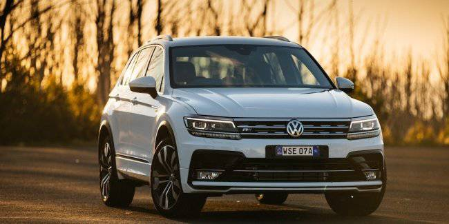 Volkswagen Tiguan and Mercedes GLE tested for safety