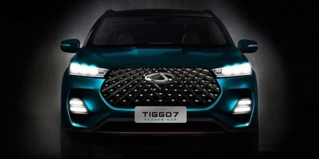 Chery showed the first photos of the new crossover Chery Tiggo 7