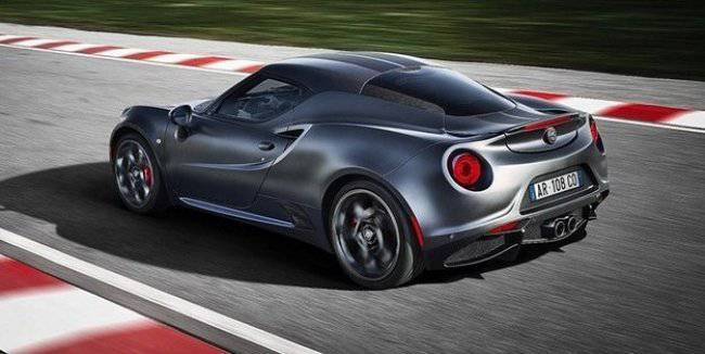 Alfa Romeo withdrew from the production 4C