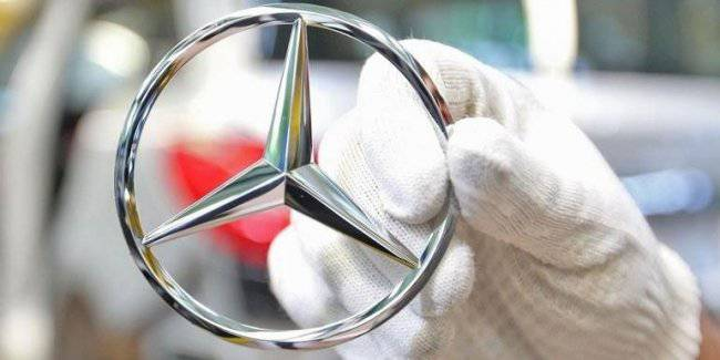 At Mercedes planned a large reduction of jobs