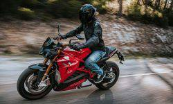 Long-range naked Energica Eva Ribelle received a reserve in the city 400 km