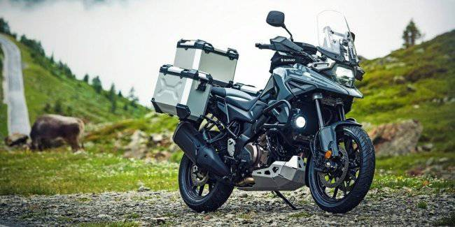 Suzuki introduced the V-Strom and the 1050 1050XT 2020 year