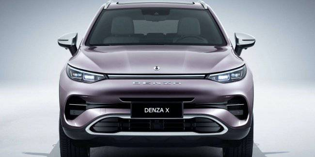 BYD and Mercedes unveiled the crossover Denza X