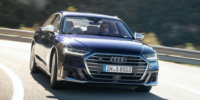Bigger and faster: Audi told all about the new S8
