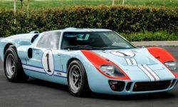 "A replica of the racing Ford GT40 from the movie ""Ford vs Ferrari"" sell at auction"