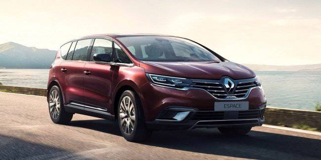 Renault Espace 2020: adaptive matrix headlamp and digital dashboard