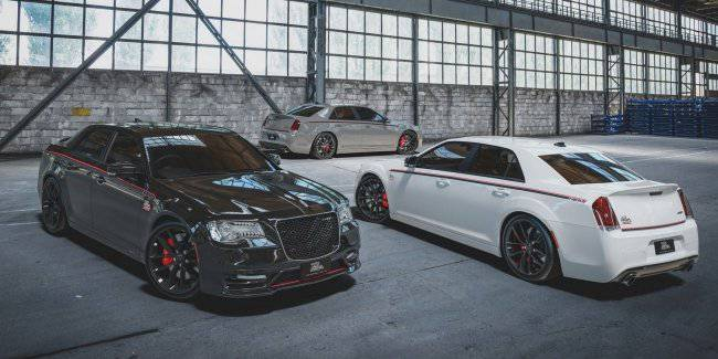 Chrysler has unveiled a special edition of the 300 SRT Pacer
