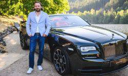 A former designer of Rolls-Royce moved to Volkswagen