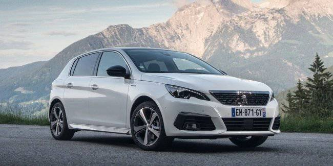 Peugeot 308 with the change of generations will become crossover