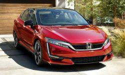 Honda showed a hydrogen-powered Clarity Fuel Cell sedan 2020