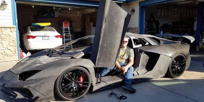 Surprise ending: the father and the son Lamborghini printed on a 3D printer