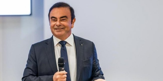Escaped from custody Carlos Ghosn will hold a press conference