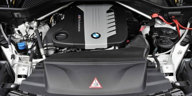 BMW refuses to motor with four turbines