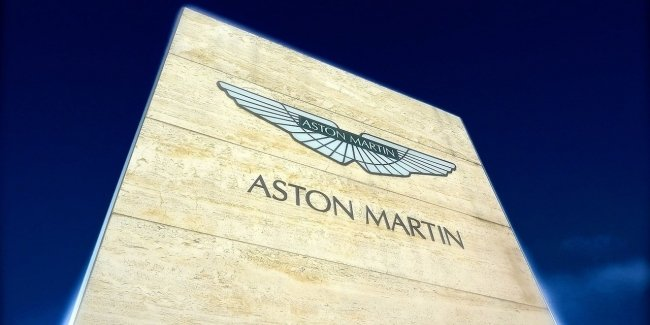 The Network got the exclusive teaser Aston Martin V12 Speedster
