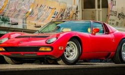 Rare 1971 Lamborghini Miura SV sold at auction