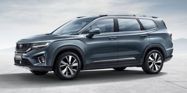 New crossover Geely: seven seats, two motors and Toyota Highlander competitors