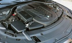 BMW gives internal combustion engines 30 years