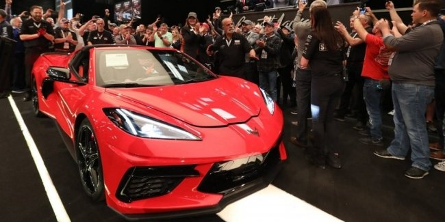 The first C8 Corvette Stingray sold for $ 3 million
