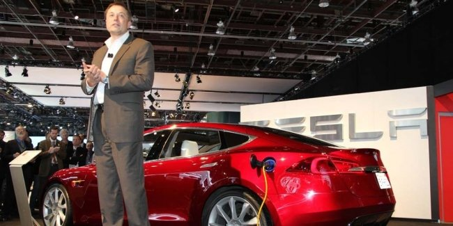 Tesla is now worth the three Ford, two GM or gender-Toyota