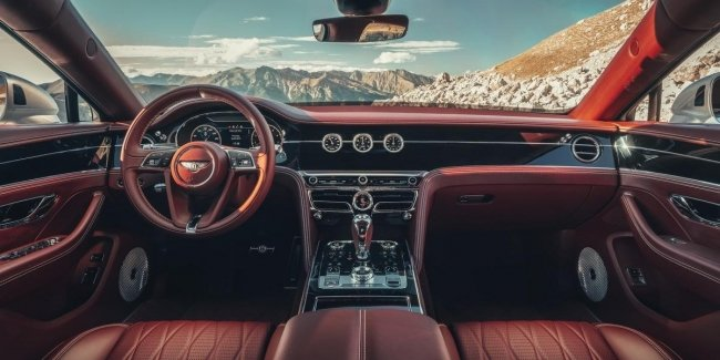 Bentley Flying Spur revealed fascinating interior