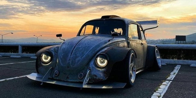 In the Network published photos of extremely low VW Beetle