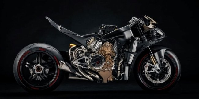 Ducati showed a teaser with limited Panigale Superleggera sportbike V4