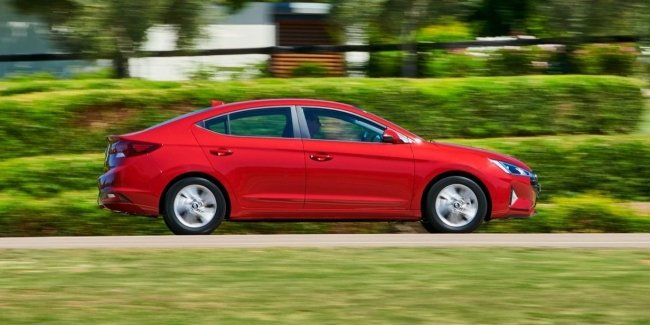 "Hyundai Elantra after the change of generations will remain ""charged"" version"