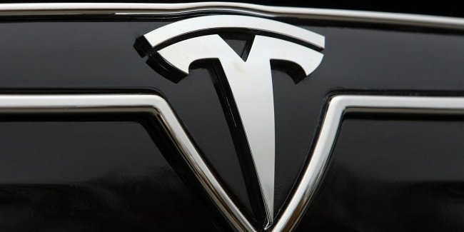 Tesla spoke about a record supply of electric cars