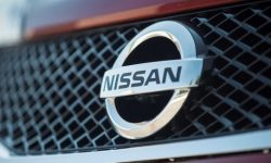 Nissan postpones the launch of its factories in China