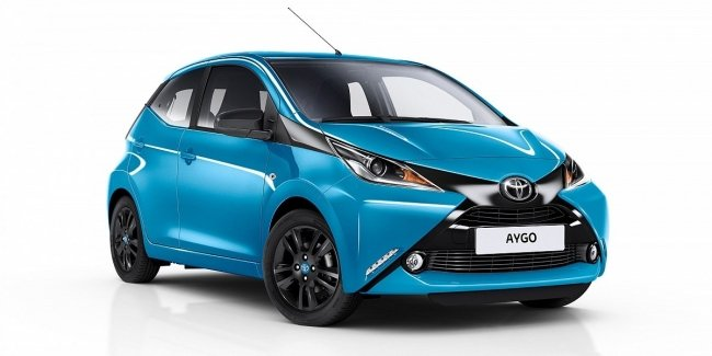 Hatchback Toyota Aygo prepares for restyling