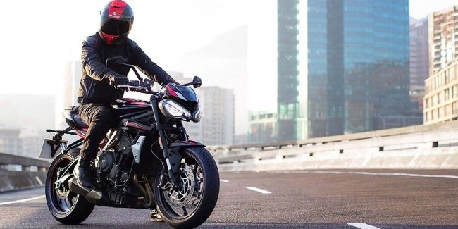Budget R: Triumph introduced a new version of naked Street Triple