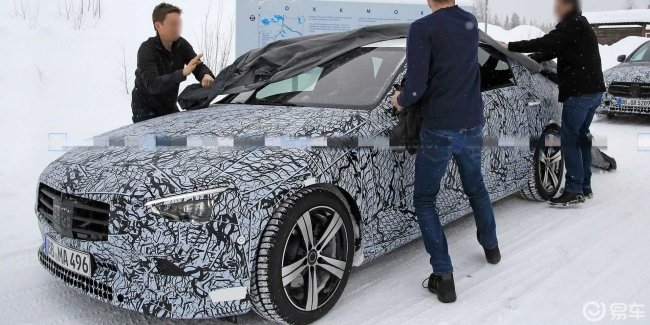 The tests seen a prototype of the new Mercedes C-Class