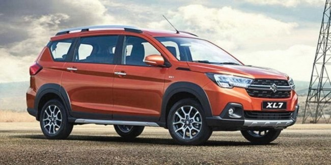 Suzuki has introduced a new seven-seat crossover XL7