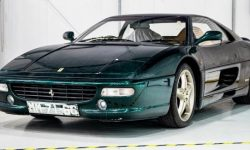 Ferrari F355 image of 1995 was restored to a perfect condition