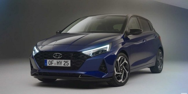 Hyundai has revealed the engine range, the European version of the i20 hatchback and showed salon
