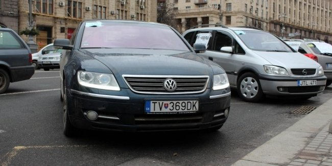 "How has the market for used cars, a year after the legalization of ""avtonomerov"""