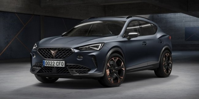 "Crossover Cupra Formentor: the size of a Tiguan, a 310-horsepower ""traditional"" version or a hybrid"